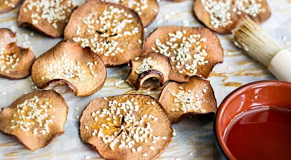Maple and Sesame Apple Crisps
