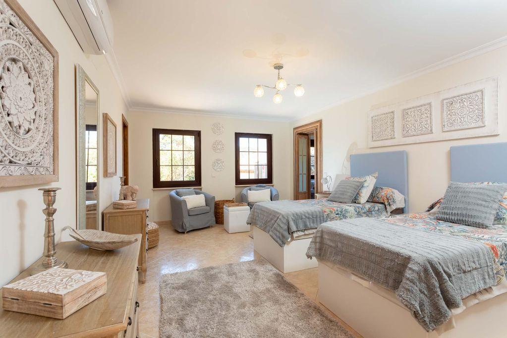 Twin Bedroom at Huerta Belinda