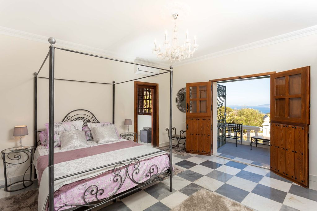 Bedroom at Huerta Belinda in Tarifa